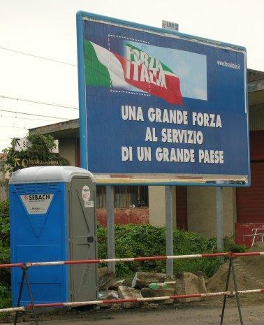 foto manifesto Forza Italia
